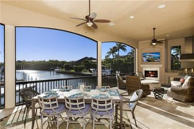 Marco Island Single Family Home For Sale: 155 Starfish Ct