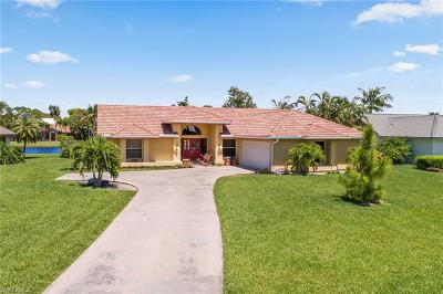 Bonita Springs Single Family Home For Sale: 3788 Essex Pl