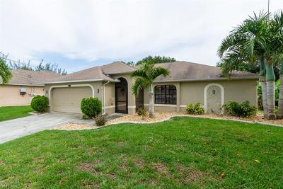 Cape Coral Single Family Home For Sale: 1726 SW 21st St