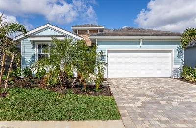 Bonita Springs Single Family Home For Sale: 28200 Seasons Tide Ave
