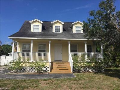 Naples Single Family Home For Sale: 4934 Cortez Cir