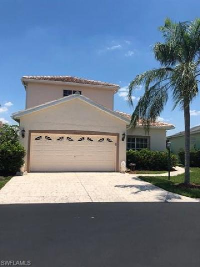 Estero Single Family Home For Sale: 10715 Maui Cir