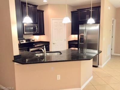 Estero Condo/Townhouse For Sale: 23611 Alamanda Dr