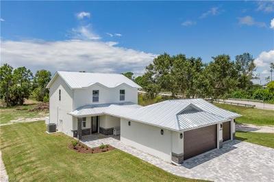 Bonita Springs Single Family Home For Sale: 27028 Rue De Paix