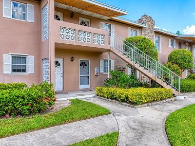 Naples Condo/Townhouse For Sale: 221 E Cypress Way #106