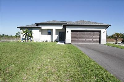 Naples Single Family Home For Sale: 2371 NE 56th Ave
