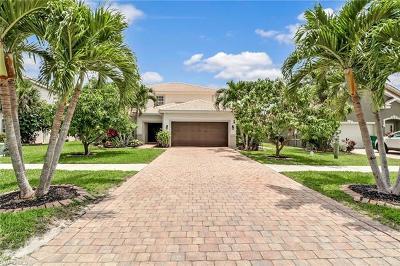 Naples Single Family Home For Sale: 2711 Orange Grove Trl