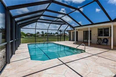 Marco Island Single Family Home For Sale: 340 Regatta St