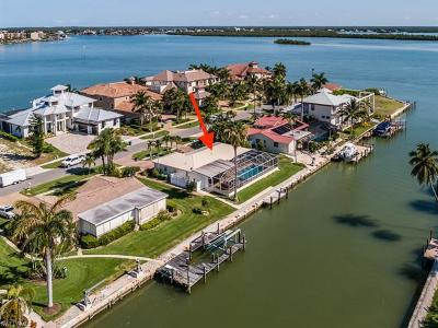 Marco Island Single Family Home For Sale: 1277 Orange Ct