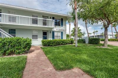 Marco Island Condo/Townhouse For Sale: 645 W Elkcam Cir #621