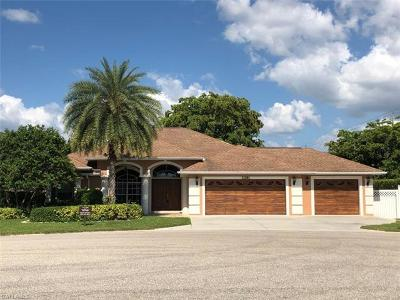 Naples Single Family Home For Sale: 11191 W Palmetto Ridge Dr