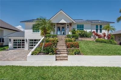 Marco Island Single Family Home For Sale: 249 Sunflower Ct