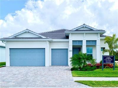 Naples Single Family Home For Sale: 9003 Redonda Dr