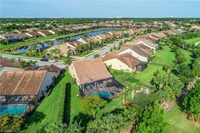 Naples Single Family Home For Sale: 16137 Camden Lakes Cir