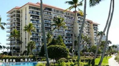 Marco Island Condo/Townhouse For Sale: 180 Seaview Ct #101
