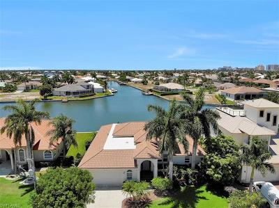 Marco Island Single Family Home For Sale: 959 S Joy Cir
