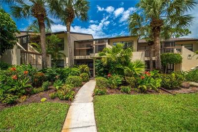 Naples Condo/Townhouse For Sale: 1820 Kings Lake Blvd #204