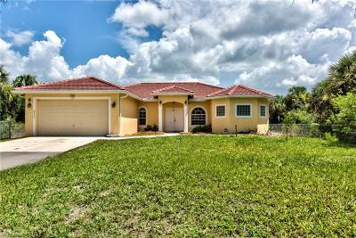 Naples Single Family Home For Sale: 2735 SE 36th Ave