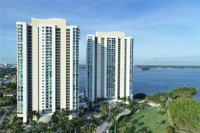 Fort Myers Condo/Townhouse For Sale: 3000 Oasis Grand Blvd #1404