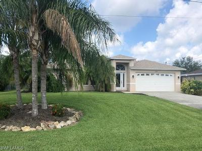 Cape Coral Single Family Home For Sale: 2532 SW 26th Ave