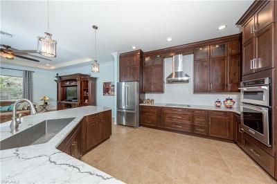 Naples Single Family Home For Sale: 443 Saddlebrook Ln