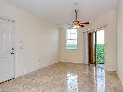 Bonita Springs Condo/Townhouse For Sale: 8687 River Homes Ln #4304