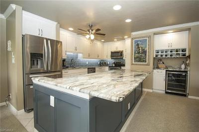 Naples Condo/Townhouse For Sale: 522 Wildwood Ln