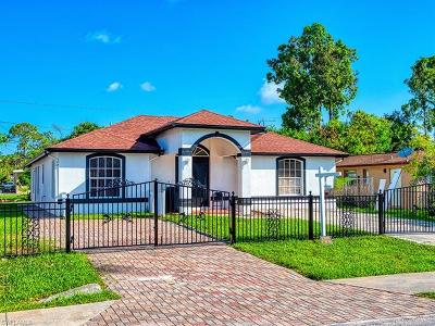 Naples Single Family Home For Sale: 5305 Jennings St