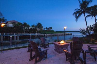 Marco Island Single Family Home For Sale: 1517 Caxambas Ct