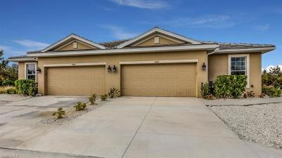 Fort Myers Single Family Home For Sale: 14625 Abaco Lakes Dr #050031