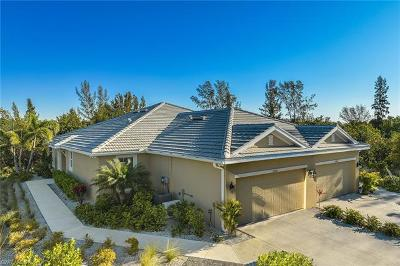 Fort Myers Single Family Home For Sale: 14633 Abaco Lakes Dr #51034