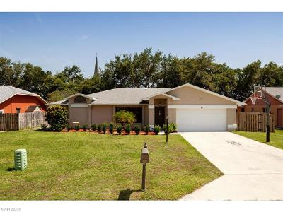 Naples Single Family Home For Sale: 42 Wickliffe Dr
