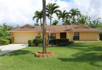 Naples Single Family Home For Sale: 9500 Chelford Ct
