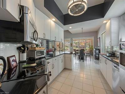 Naples Single Family Home For Sale: 3251 Benicia Ct