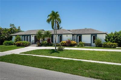 Marco Island Single Family Home For Sale: 190 Dan River Ct