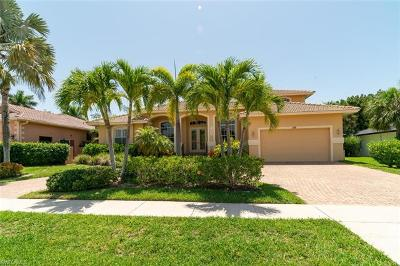 Marco Island Single Family Home For Sale: 186 Greenbrier St