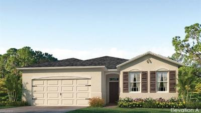 Cape Coral Single Family Home For Sale: 3088 Amadora Cir