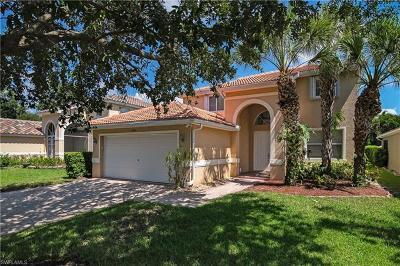 Fort Myers Single Family Home For Sale: 9385 Scarlette Oak Ave
