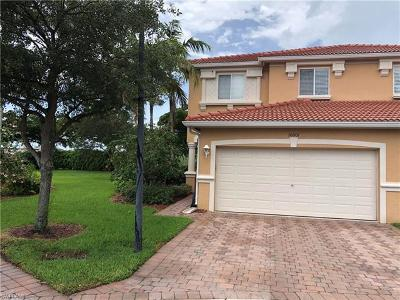 Fort Myers Condo/Townhouse For Sale: 10001 Chiana Cir