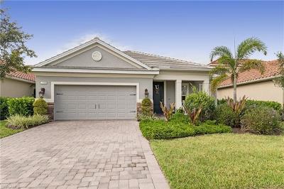 Naples Single Family Home For Sale: 3586 Canopy Cir