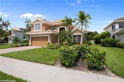 Naples Single Family Home For Sale: 11776 Carradale Ct