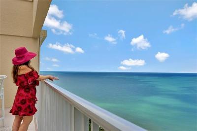 Naples Condo/Townhouse For Sale: 4041 N Gulf Shore Blvd #304