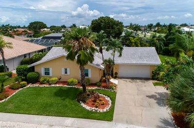 Marco Island Single Family Home For Sale: 1504 Biscayne Way