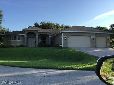 Cape Coral Single Family Home For Sale: 2815 NW 15th St