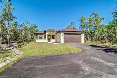 Naples Single Family Home For Sale: 2385 NE 62nd Ave
