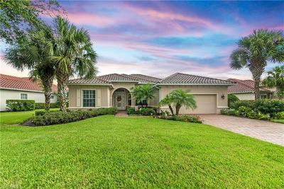 Naples Single Family Home For Sale: 11953 Heather Woods Ct
