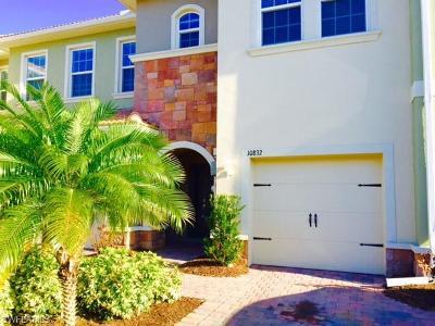 Bonita Springs Condo/Townhouse For Sale: 10832 Alvara Way