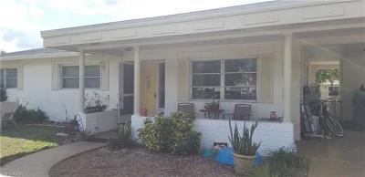 Cape Coral Single Family Home For Sale: 426 NE 15th Pl
