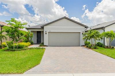 Fort Myers Single Family Home For Sale: 9584 Bexley Dr