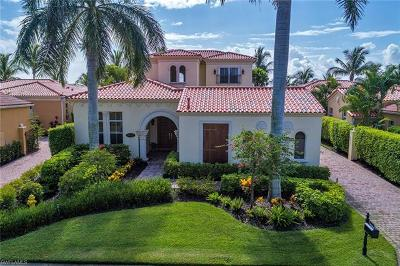 Naples Single Family Home For Sale: 8532 Bellagio Dr